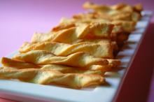 Herbed Parmesan Cheese Twists
