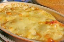 Mulate's Crabmeat AuGratin