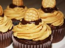 Nutter Butter Chocolate Cupcakes