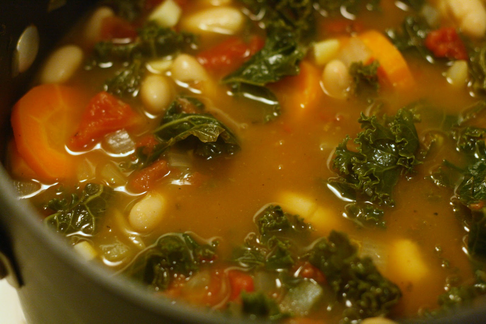 bunch of tuscan kale kale and white bean soup fnm 110112 pasta kale ...