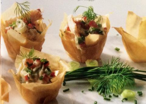Phyllo cups with crabmeat filling louisiana kitchen for Canape cup fillings