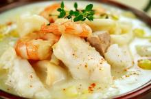 McNair's Corn Chowder with Seafood Variations