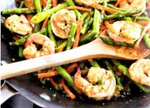 Stir-Fry Shrimp with Lemon-Ginger Sauce